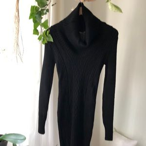 Forever 21 Black Sweater Size M